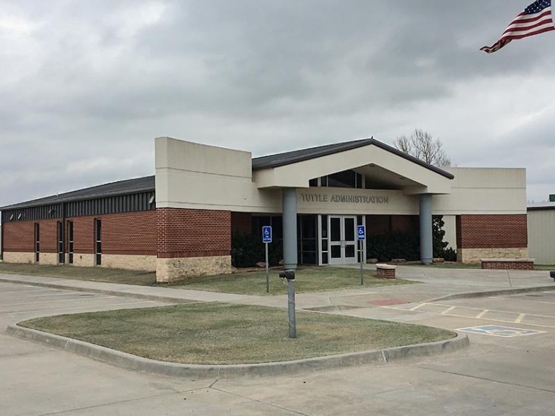 Tuttle OK - Tuttle Administration Building